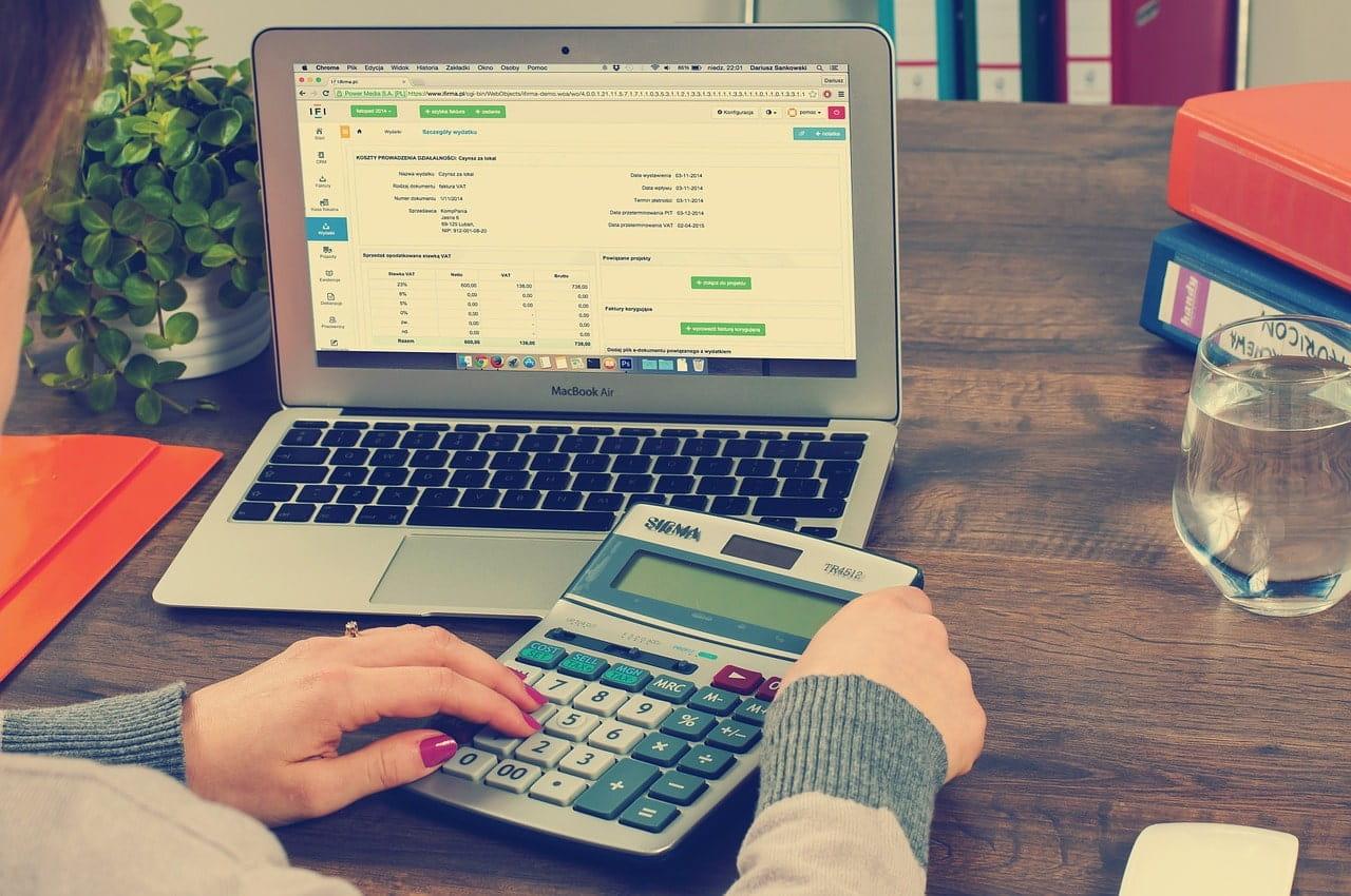 Formas de llevar la contabilidad en una empresa