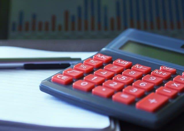 Maneras de llevar la contabilidad en una empresa